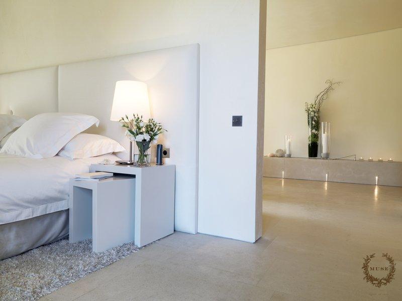 度假天堂  MUSE Saint-Tropez酒店客房设计实景图.jpg
