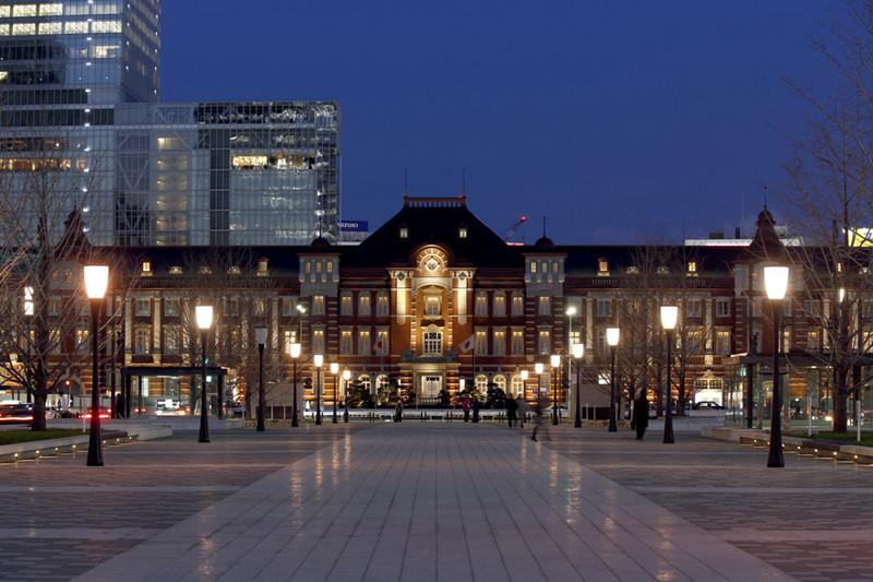 酒店外观及入口处设计实景图
