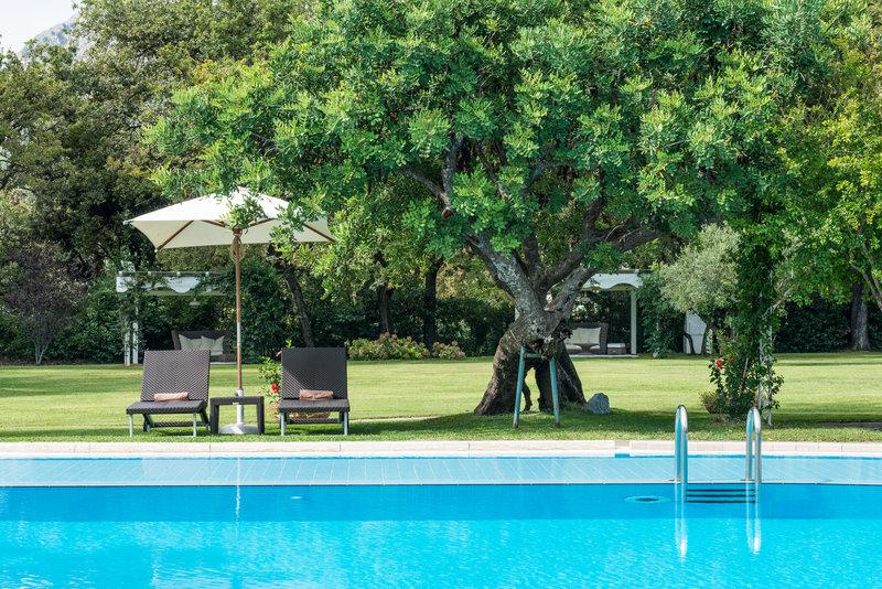 现代与古典交融的桑塔维尼尔奢华精品酒店设计案例