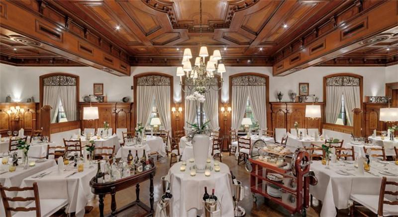 酒店宴会餐饮空间