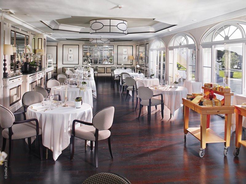 酒店高端餐饮空间设计实景图