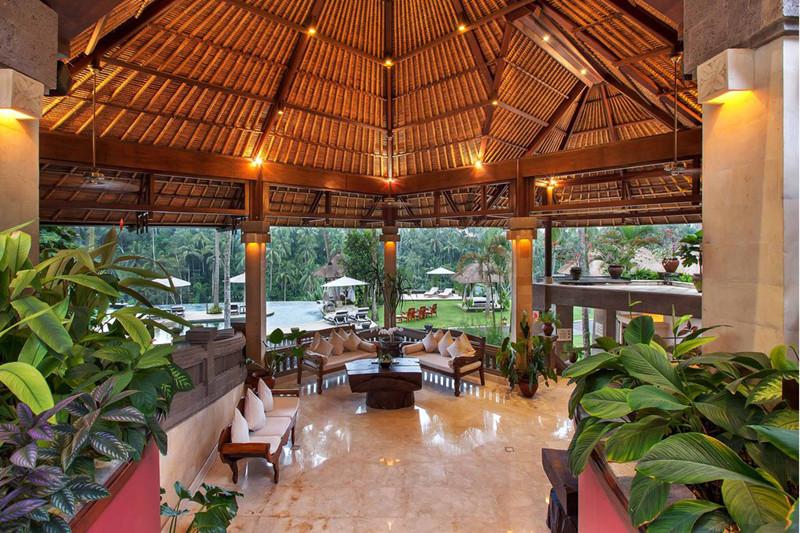 巴厘岛总督酒店