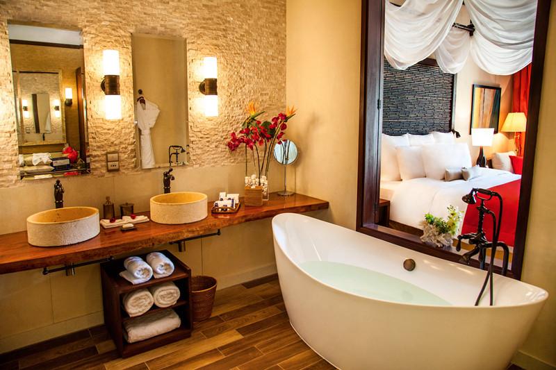 洗浴区:浴缸