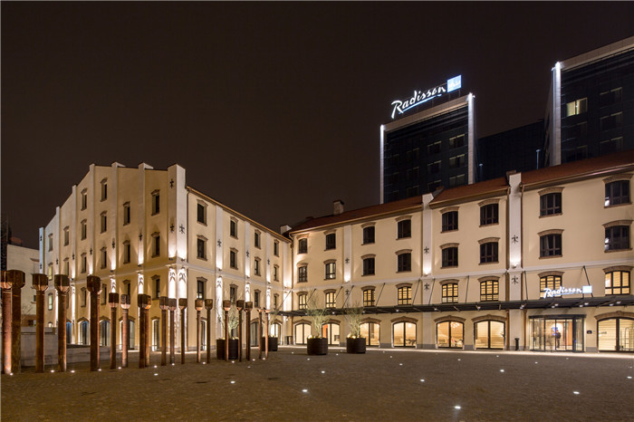 新旧结合的经典 国外改造而成的四星级精品酒店外观设计案例