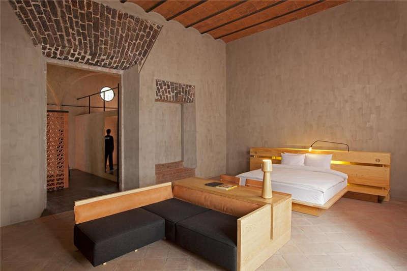 墨西哥市区特色精品酒店客房空间布局设计案例