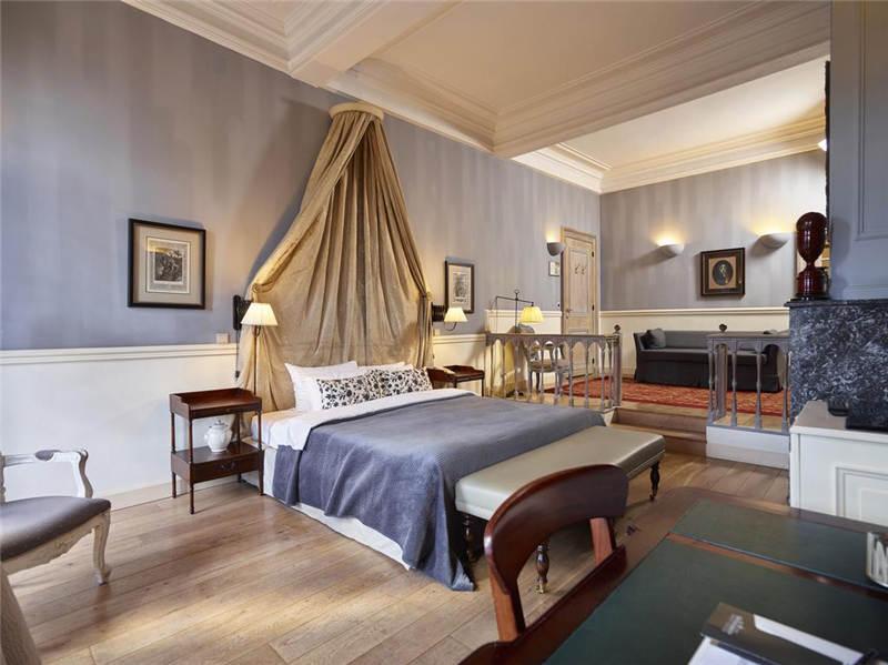酒店客房豪装:高贵优雅的客房设计
