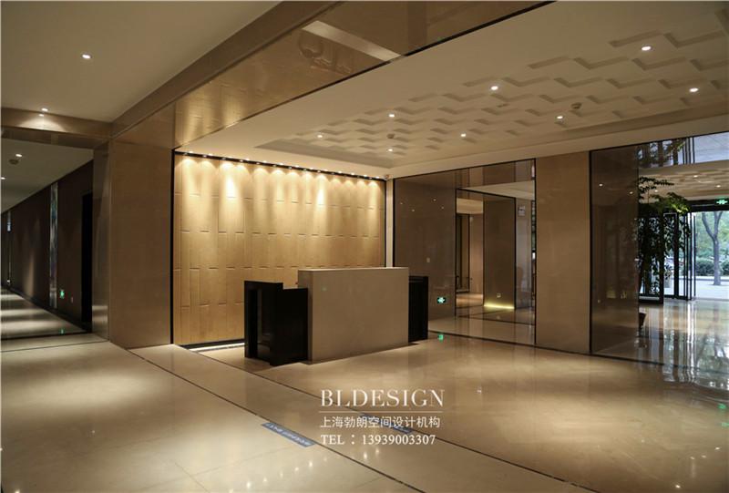 新乡河师大沁园精品商务酒店大厅设计