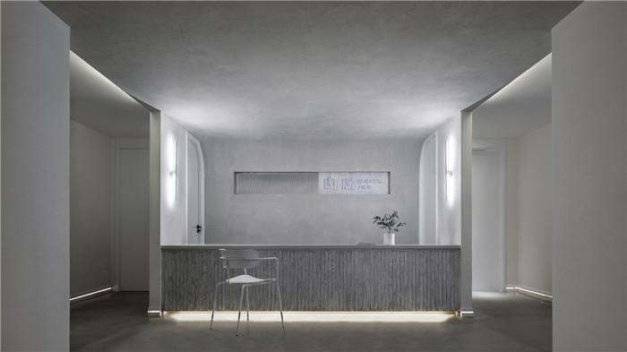 郑州勃朗设计分享简约朴质的白居精品酒店大厅设计方案