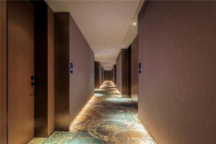 深圳云著精品商务酒店客房走廊设计  探索商旅酒店设计新方式