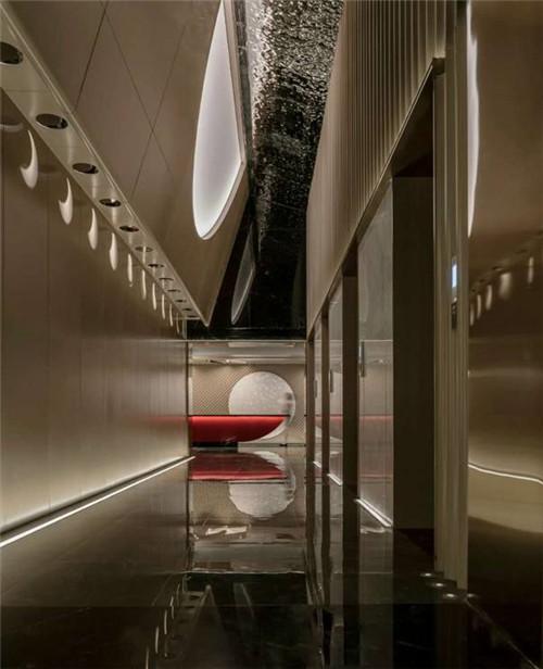 重庆最新精品商务酒店设计推荐:半云半月酒店大堂设计