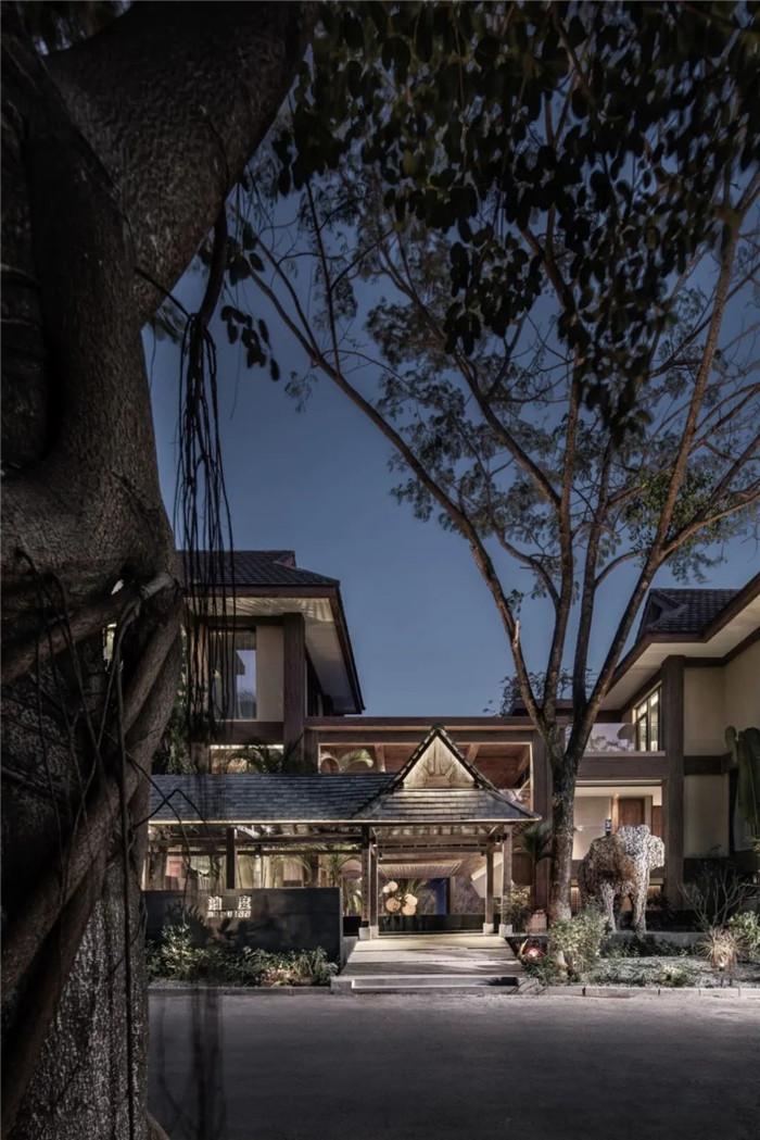 云南景洪森氧villa东南亚风度假酒店设计方案