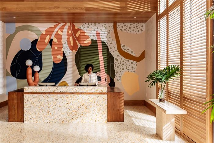郑州勃朗设计分享简约自然风城市度假酒店大堂设计案例