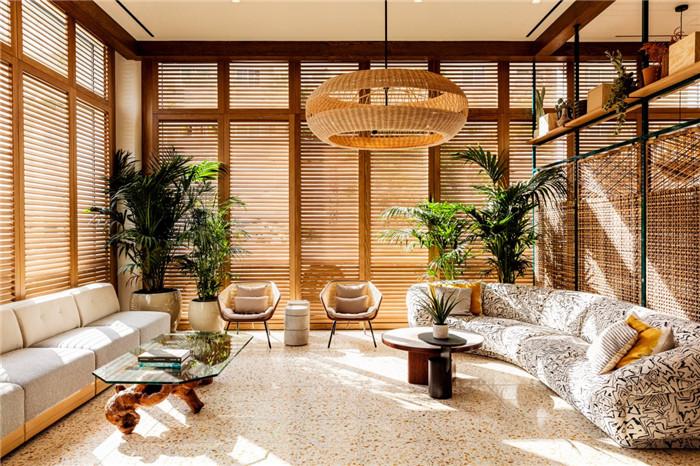 郑州勃朗设计分享简约自然风城市度假酒店大堂休闲区设计案例