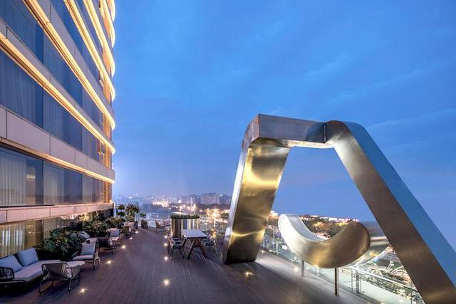 亚朵首家新知社区中心酒店——爱琴海亚朵S酒店露台设计
