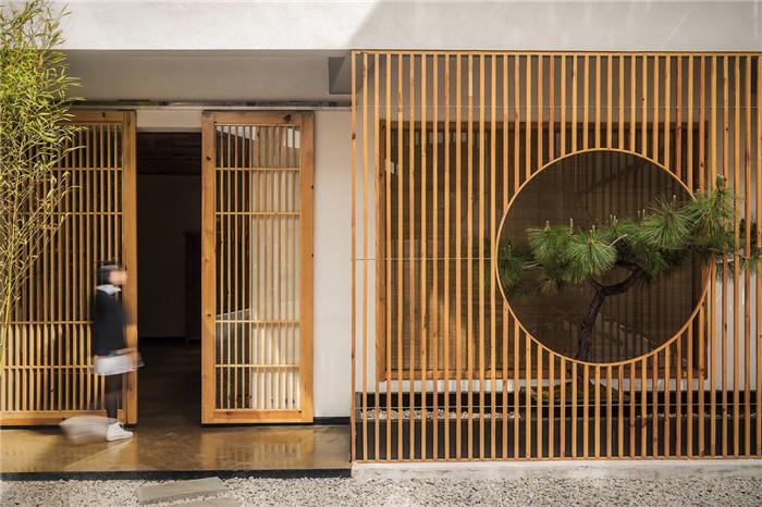 自建房民宿设计   泸沽湖叙旧民宿酒店外观夜景设计方案