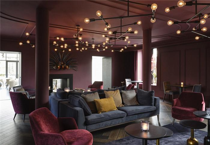 国外高端精品酒店设计推荐:Vignée庄园酒店大堂休闲区设计