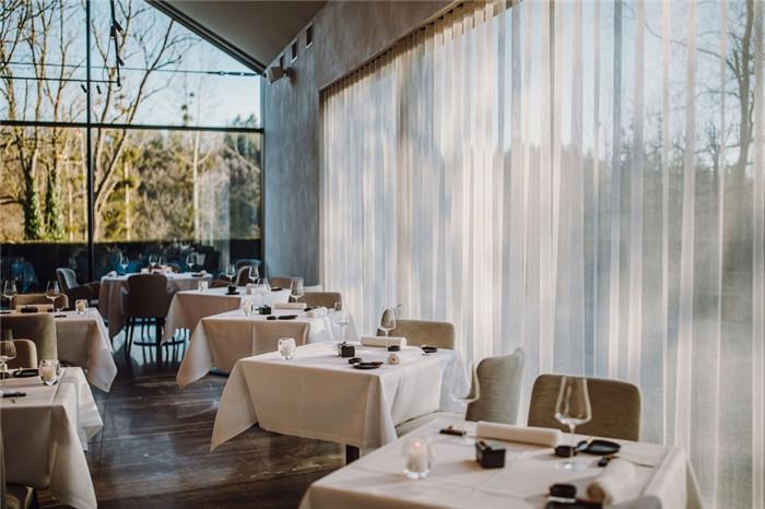 国外高端精品酒店设计推荐:Vignée庄园酒店餐厅设计