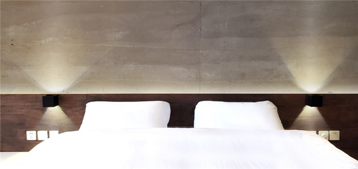 冷静又克制   玫瑰庄园反传统精品度假酒店客房设计方案