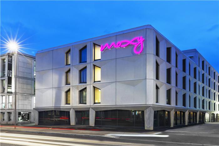 瑞士Moxy酒店外观设计  小而美的潮牌精品酒店设计鼻祖