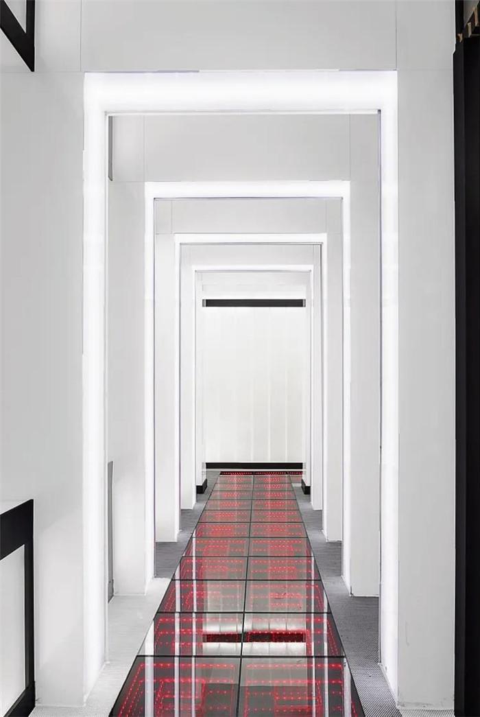 电影跨界酒店  沉浸式电影主题杭州殿影精品酒店走廊设计