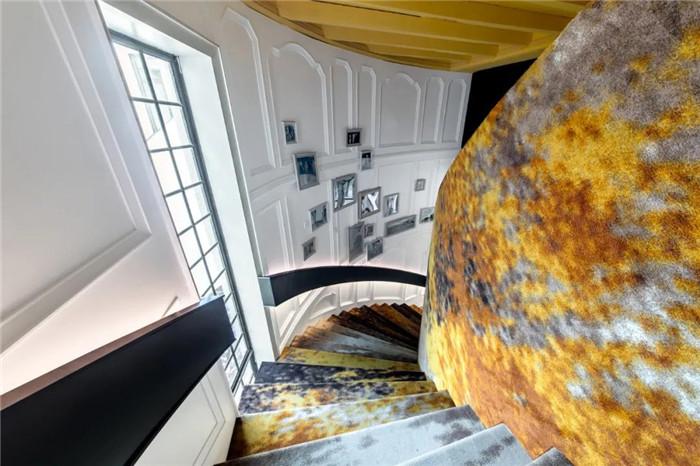 电影跨界酒店  沉浸式电影主题杭州殿影精品酒店楼梯设计