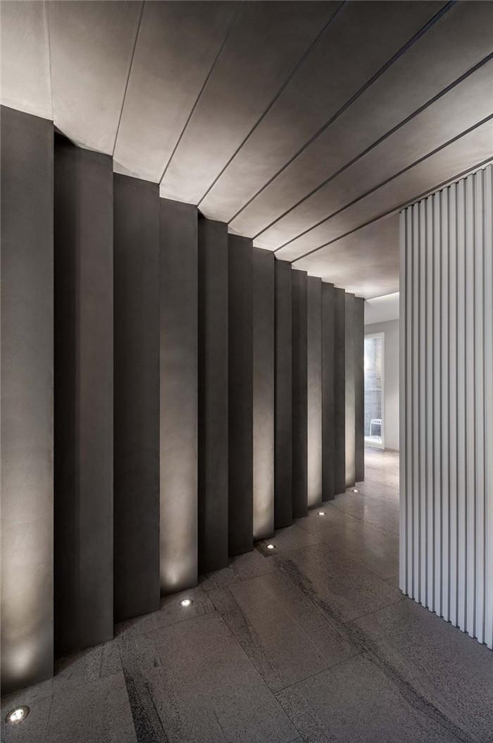 酒店入口设计-念念行旅  一个主打阅读的小型精品酒店设计案例