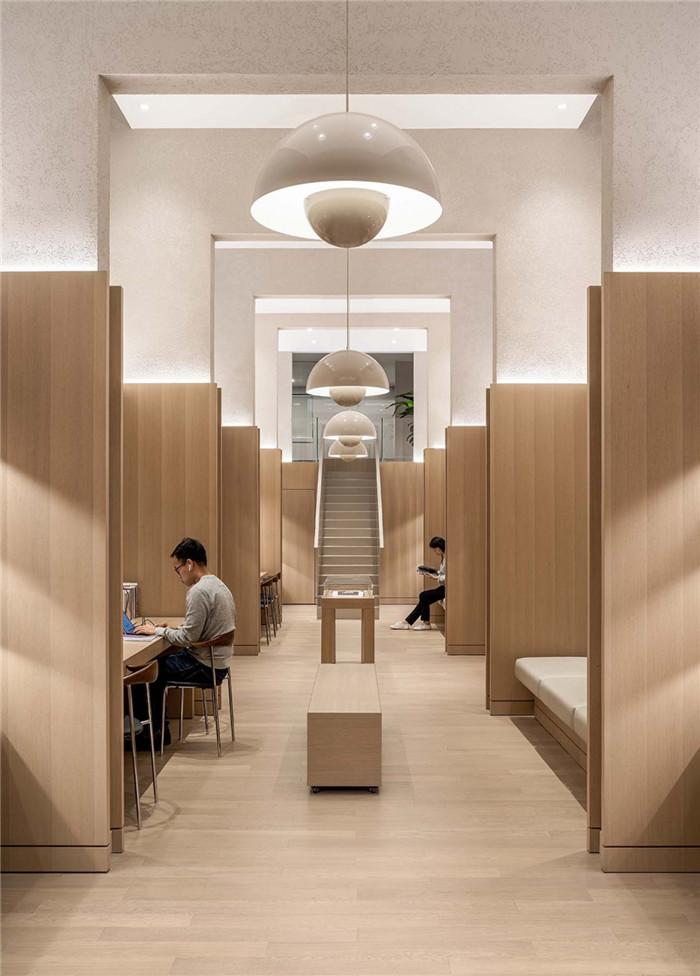 酒店图书馆设计-念念行旅  一个主打阅读的小型精品酒店设计案例
