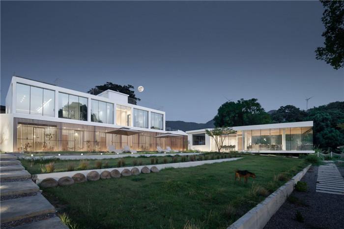 民宿建筑庭院设计-极简质朴的民宿酒店设计  只有8间客房也美呆了!