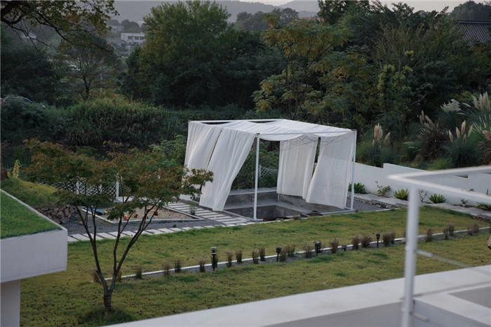民宿庭院景观设计-极简质朴的民宿酒店设计  只有8间客房也美呆了!