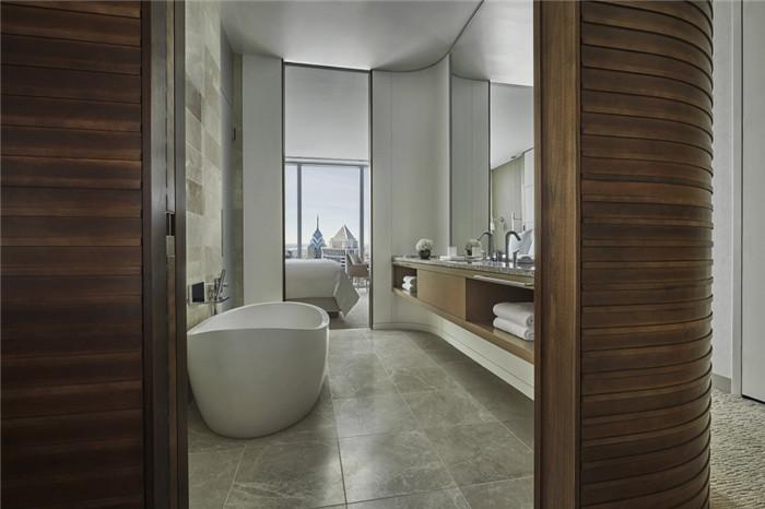 酒店客房卫生间设计-勃朗设计分享摩登都市风美国费城四季酒店设计
