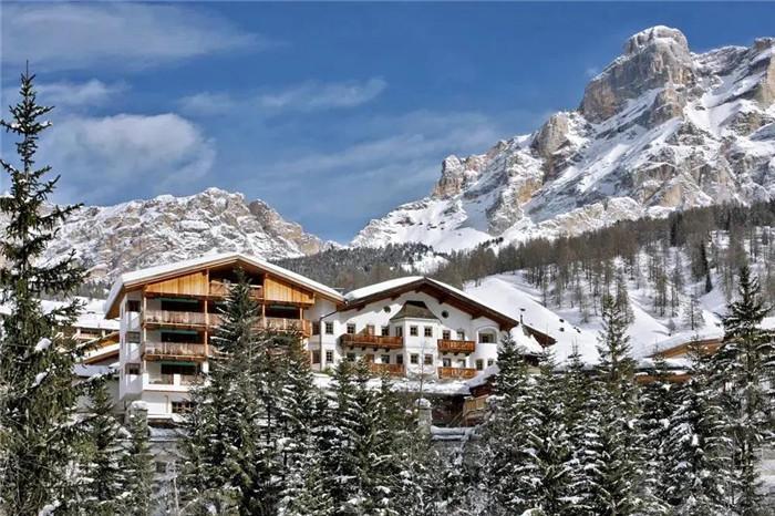 安缦将在意大利打造滑雪酒店.jpg