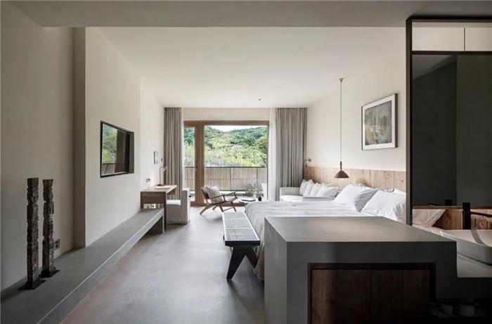 民宿大床房设计-回归山野的纯白极简风精品民宿装修设计方案