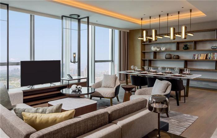 酒店套房客厅设计-现代手法演绎西蜀风情  四川首家万怡酒店设计赏析