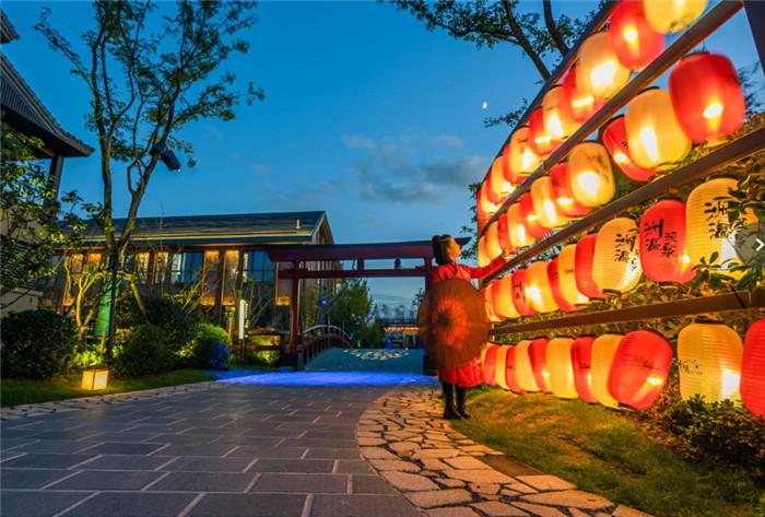 160泡汤时代   国内新开温泉度假酒店设计大盘点6726387853191.jpg