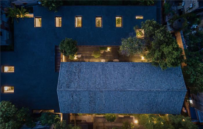 酒店建筑外观设计-集书店、咖啡、美术馆于一体的精品酒店设计方案