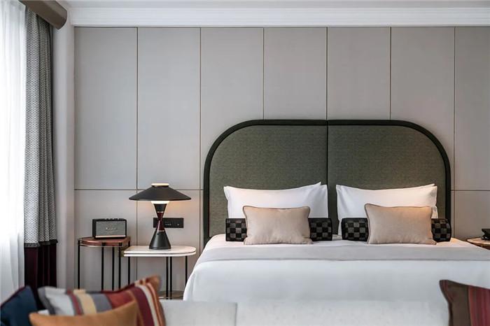 酒店大床房设计-Art Deco复古怀旧风音乐主题精品酒店设计案例