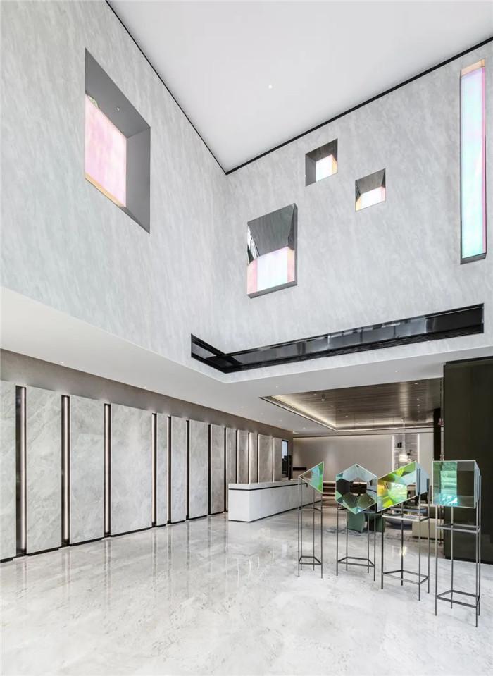 经久不衰的现代简约风CRYSTAL ORANGE酒店设计