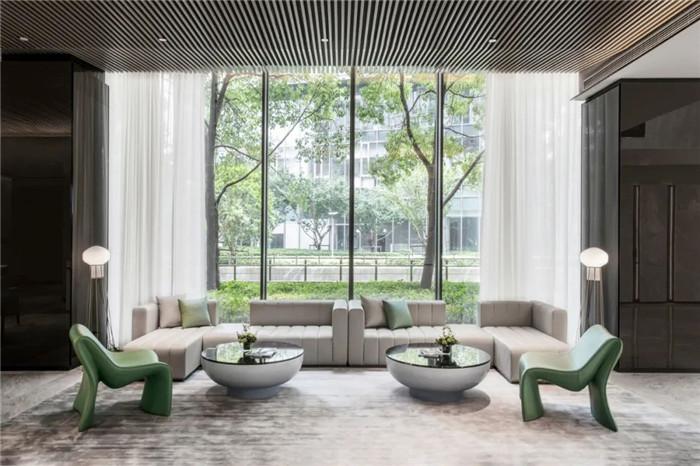 酒店休闲区设计-经久不衰的现代简约风CRYSTAL ORANGE酒店设计
