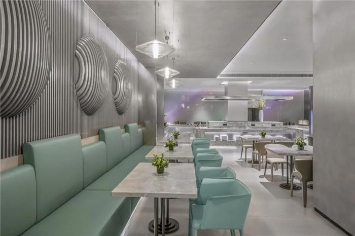 酒店早餐厅设计-经久不衰的现代简约风CRYSTAL ORANGE酒店设计