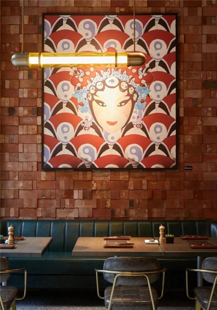 国潮风餐厅设计-复古与新潮混搭风武汉网红精品酒店改造设计案例