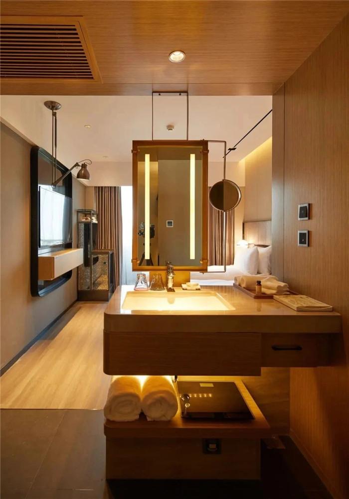 酒店客房卫生间设计-复古与新潮混搭风武汉网红精品酒店改造设计案例