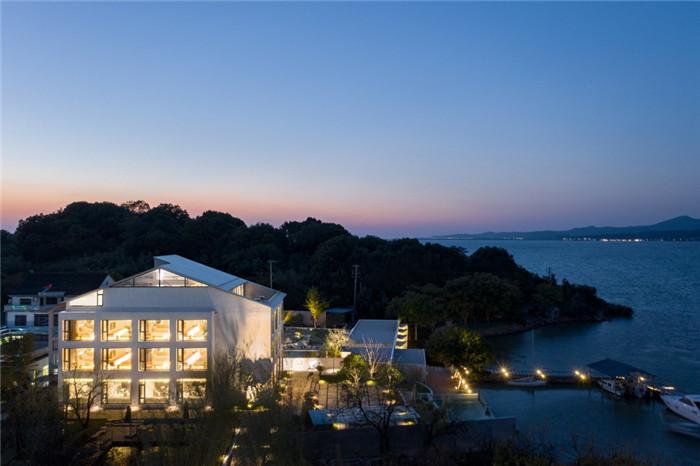 民宿夜景设计-现代禅意山水   很成功的酒店民宿改造设计案例推荐