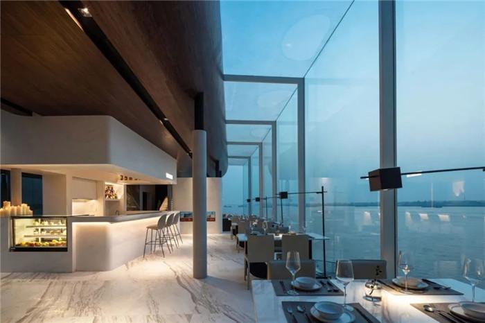 酒店餐厅设计-以邮轮帆船为灵感的泊乐艺术精品酒店设计案例