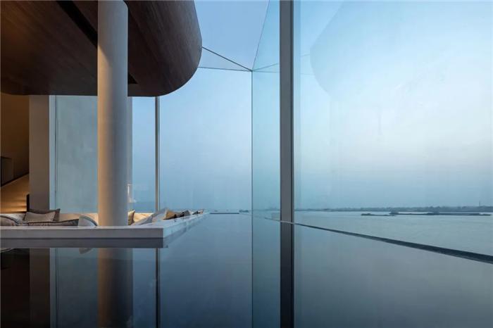 以邮轮帆船为灵感的泊乐艺术精品酒店设计案例