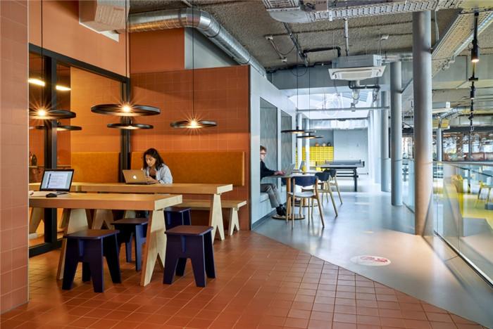 酒店办公区设计-贯彻循环环保设计的国外学子社区酒店设计方案