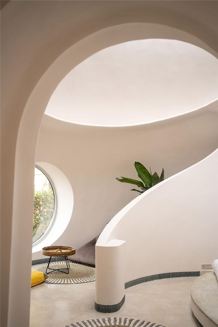 酒店客房设计-隐秘而轻松的野界小型度假村酒店设计案例