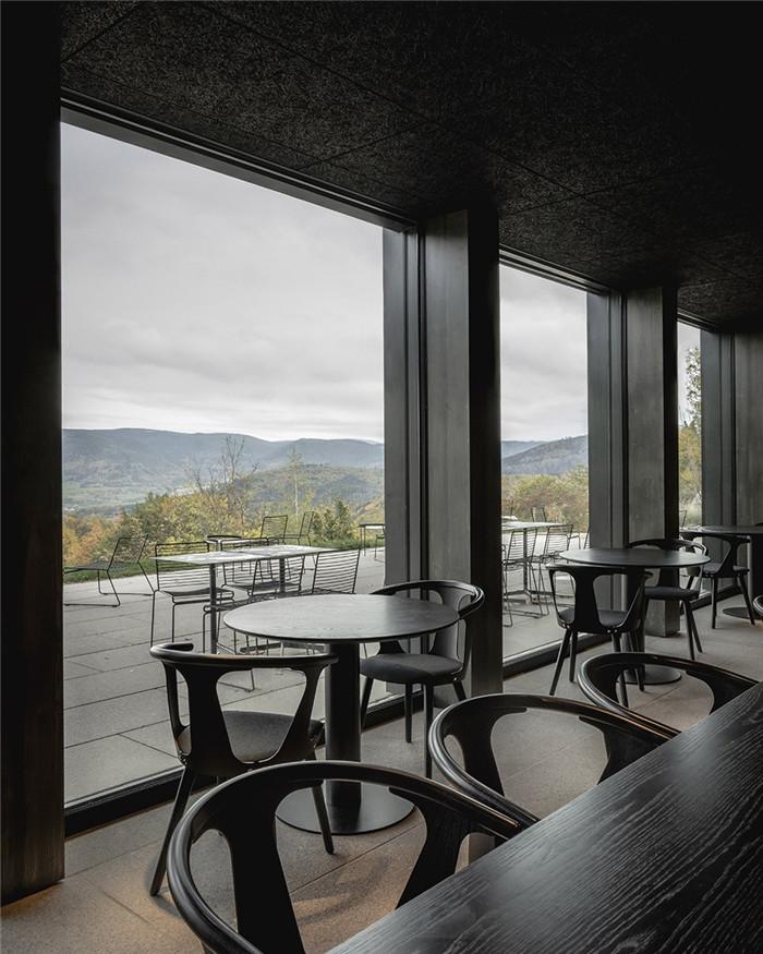 酒店餐厅设计-国外反传统的48°Nord奢华度假酒店设计方案