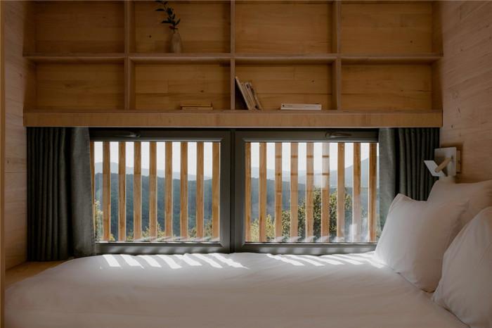 酒店客房设计-国外反传统的48°Nord奢华度假酒店设计方案