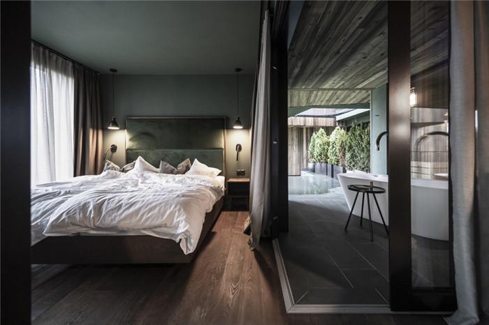 与自然融为一体的超豪华Florian公园酒店客房设计方案