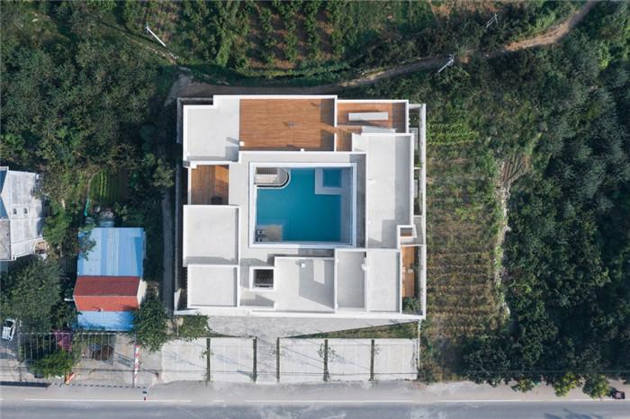 民宿建筑设计俯瞰图-民宿设计鸟瞰图-纯白原木风景区内部2层独栋民宿设计方案